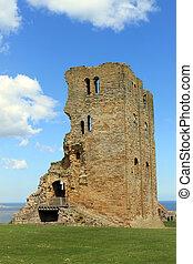 Scarborough Castle ruins1