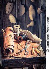 scarpe, calzolaio, posto lavoro, invecchiato, attrezzi, ...