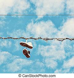 scarpe tennis, su, il, linea elettrica, bellezza, filtro