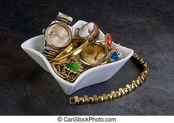 scarto, gold.