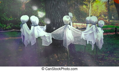 Ghosts Around a Tree - Scary Ghosts Around a Tree, Ghost...