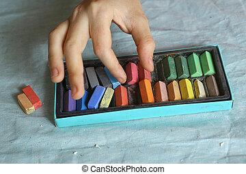 scatola, pastello, gessi, colorato, mano