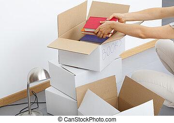 scatole, cartone, ripieno