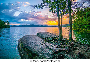 scenery around lake jocasse gorge - nature around upstate ...