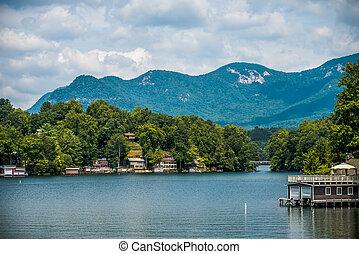 scenery around lake lure north carolina