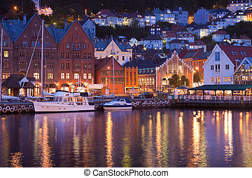 Scenery of Bryggen in Bergen, Norw - Scenery of Bryggen in...
