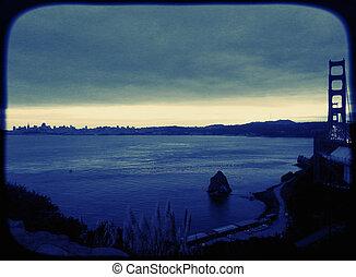 Scenery with Golden Bridge San-Francisco Vintage