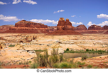 Rock formations in Glen canyon recreation area