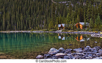 Scenic Lake Ohara in Yoho National park