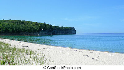 Scenic Michigan lakes - Lake Superior Pictured Rocks...