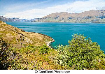 Lake Wanaka - Scenic view of Lake Wanaka in the South Island...
