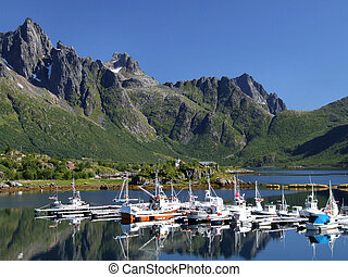 scenico, yacht, marina, in, norvegia