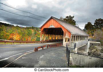 sceniczny, quechee, nakrywany most