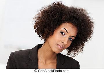 sceptique, américain, africaine, femme affaires