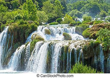 schöne , ansicht, von, wasserfall, in, krka, nationalpark, croatia.