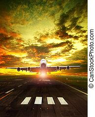 schöne , aus, sonne, startbahn, verkehrsflugzeug, gegen, flughafen, eben, steigend, nehmen, himmelsgewölbe
