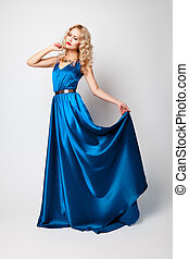 schöne , blaues, frau, posierend, modell, kleiden