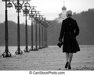 schöne , blond, auf, promenade