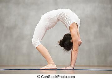 schöne  brücke haltung yoga schöne  brücke haltung