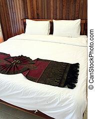 schöne , doppelbett, traditionelle , einstellung, thailändisch