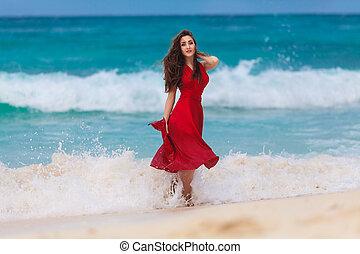schöne frau, in, a, rotes kleid, auf, der, tropische , see küste