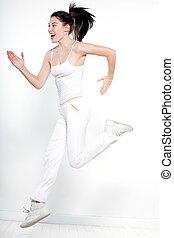 schöne frau, laufen, sie, workout, junger, freigestellt, sprung, studio, hintergrund, weißes