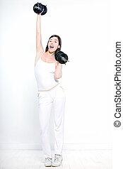 schöne frau, sie, welghtlifting, workout, junger, freigestellt, dumbbel, studio, hintergrund, weißes
