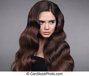 schöne , frisur, brünett, schoenheit, gesunde, product., aufmachung, shampoo, freigestellt, langer, dunkel, hintergrund., wellig, studio, sauber, hair., porträt, m�dchen, glänzend, modell, sorgfalt