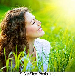 schöne , fruehjahr, junge frau, draußen, genießen, natur