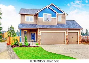 schöne , haus, driveway., traditionelle , garage