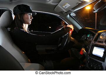 schöne , junge frau, fahren, auto, nacht