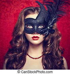schöne , junge frau, in, schwarz, mysteriös, venezianische maske