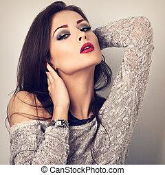 Bluse Paßte Frisur Neck Modern Grau Langer Lipstick