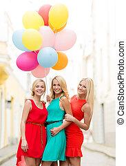 schöne mädchen, mit, farbenprächtige luftballons, stadt