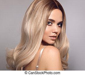 schöne , modell, frisur, mode, schoenheit, gesunde, ombre, aufmachung, freigestellt, langer, grau, hintergrund., frau, posierend, portrait., blond, hair., studio, blond, glänzend, m�dchen