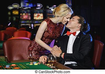 schöne , roulett, paar, kasino, reich, spielende