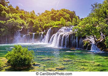 schöne , skradinski, buk, wasserfall, in, krka, nationalpark, dalmatien, kroatien, europe., der, magisch, wasserfälle, von, krka, nationalpark, split., ein, unglaublich, ort, zu, besuch, bei, split, croatia.