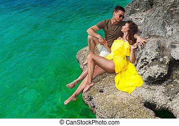 schöne , sommer, frau, sie, concept., sonnig, urlaub, gelber , kueste, tropische , brünett, meer, day., kleiden, ehemann