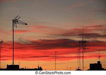 schöne , sonnenuntergang, mit, bunte, himmelsgewölbe, stadt, von, elche