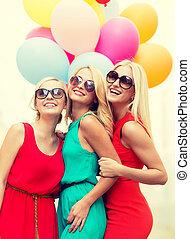 schöne , stadt, luftballone, bunte, mädels