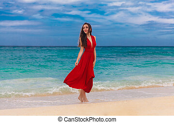 schöne , stehende , frau, kueste, tropische , meer, lächeln, kleiden, rotes