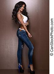 schöne , tragen, frau, jeans, damenunterwäsche, sexy