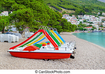 schöne , wasserlandschaft, kroatien, brela, katamaran, sandstrand