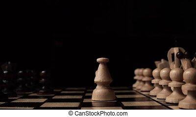 schaakspel, closeup, houten, schaakspel bord, handel concept, black , achtergrond., glijbaan, camera., studio.