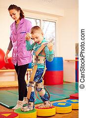 schattig, geitje, hebben, lichamelijk, musculoskeletal, therapie, in, rehabilitatie, centrum