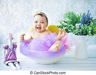 schattig, kind gespeel, in, de, kleurrijke, kamer