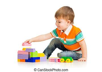 schattig, kind jongen, spelend, met, gebouw stel, op, witte...