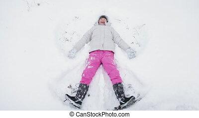 schattig, kleine engel, sneeuw, vervaardiging, meisje, vrolijke