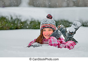 schattig, meisje, sneeuw