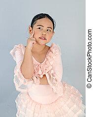 schattig, weinig; niet zo(veel), jurkje, ballet, meisje